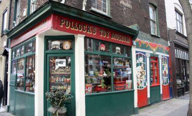 Muzeul de Jucarii Pollock din Londra