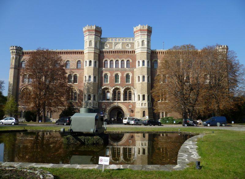 Imagini pentru viena Muzeul de istorie militară