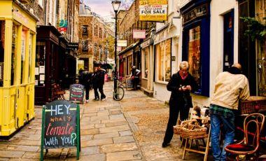 Magazine cu Antichitati in Londra
