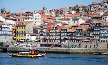 Cartierul Ribeira din Porto