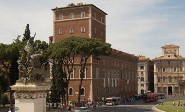 Palatul Venezia din Roma