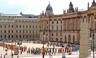 Piata Bebelplatz din Berlin