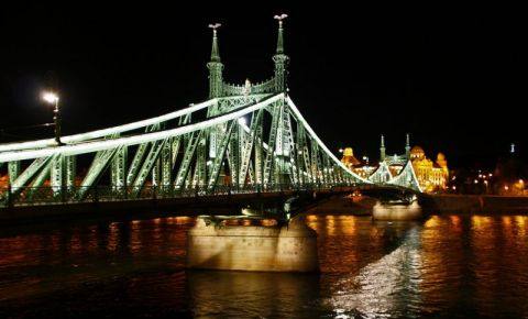 Podul Libertatii din Budapesta