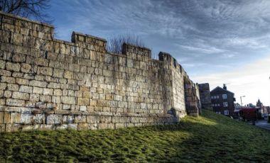 Ruinele Zidurilor Orasului York