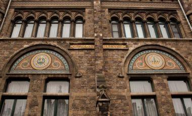Bazarul Cogels Osylei din Anvers