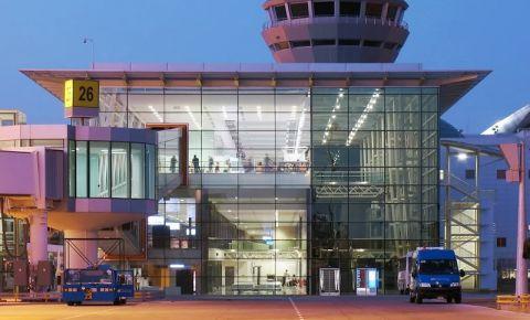 Aeroportul Adnan Menderes - Izmir