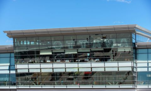 Aeroportul International - Ottawa