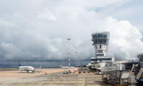 Aeroportul Karol Wojtyla - Bari