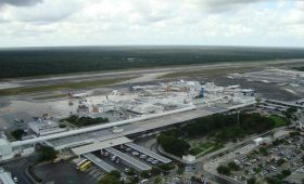 Aeroportul International Cancún