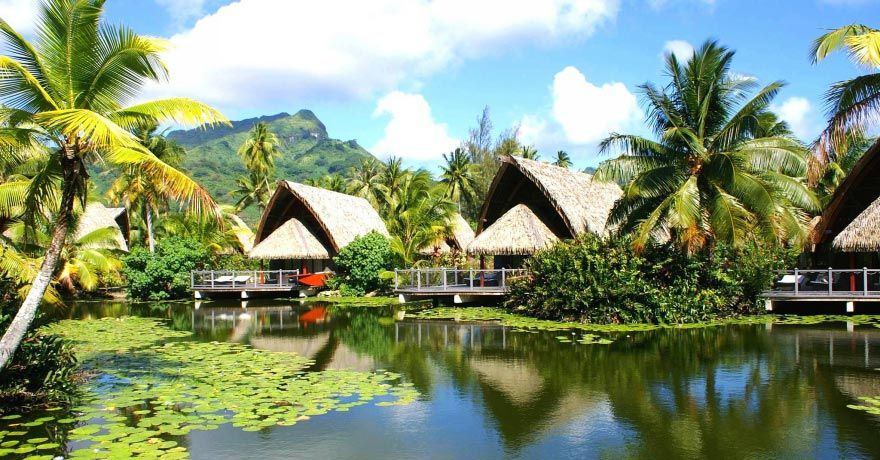 Insula Huahine