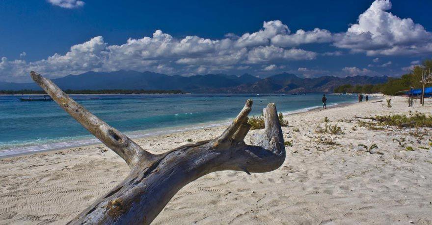 Insula Lombok