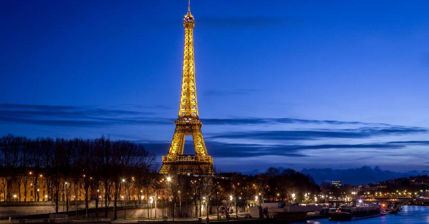 Paris moaptea