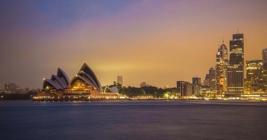 Sydney (AU)