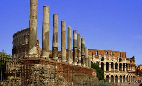 Colosseumul si Foum Roman din Roma