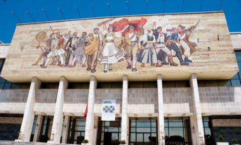 Muzeul National de Istorie din Tirana