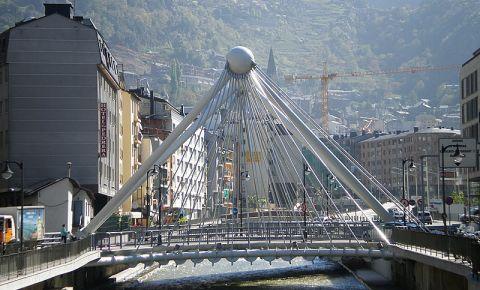 Piazza din Andorra la Vella