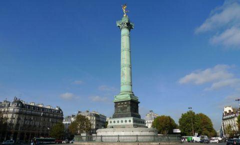 Piata Bastiliei din Paris
