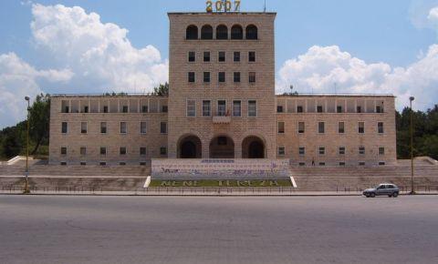 Universitatea din Tirana