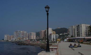 Plaja Currilave din Durres