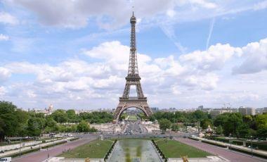 Turnul Eiffel din Paris