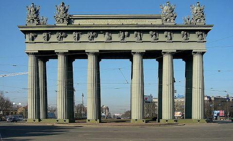 Arcul de Triumf Moscova din Sankt Petersburg