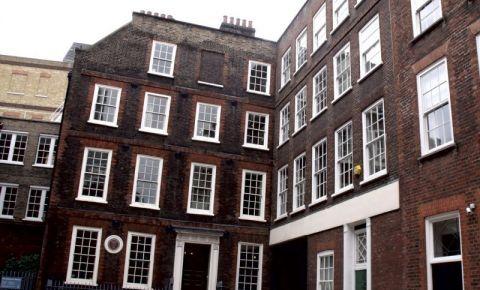 Casa Memoriala Dr. Johnson din Londra