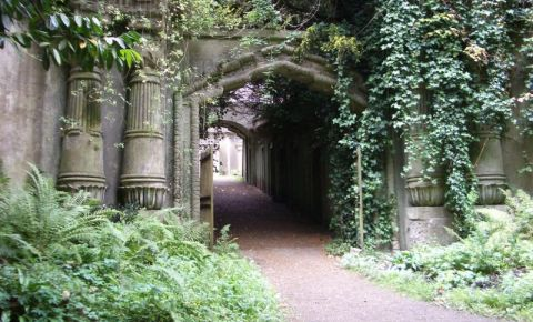 Cimitirul Highgate din Londra