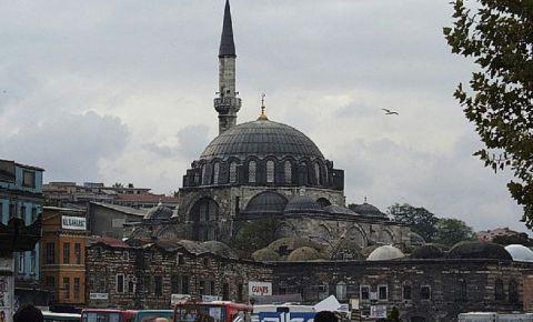 Moscheea Rustem Pasa din Istanbul