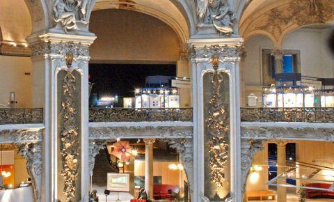 Palatul Descoperirilor din Paris