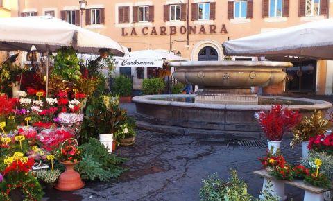 Piata Campo de' Fiori din Roma