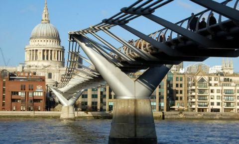 Podul Millenium din Londra