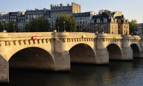 Podul Nou din Paris