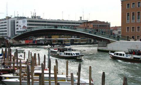 Podul Constitutiei din Venetia