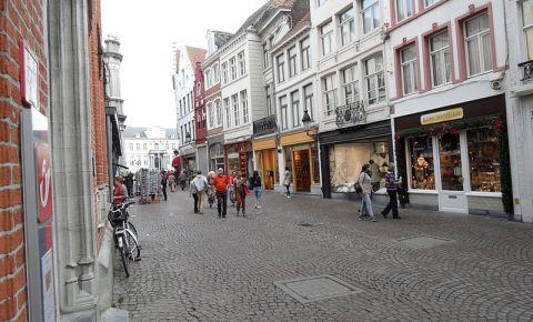 Strada Breidelstraat din Bruges