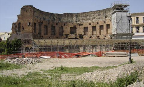 Vila Domus Aurea din Roma