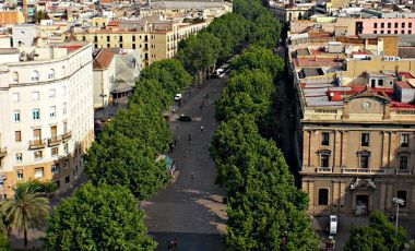 Artera La Rambla din Barcelona