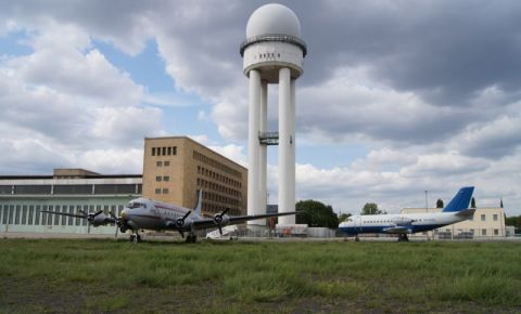 Aeroportul Tempelhof din Berlin