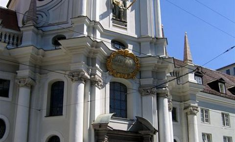 Biserica Sfintei Treimi din Munchen