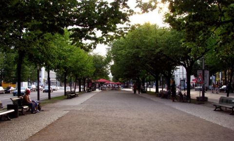 Bulevardul Unter den Linden din Berlin