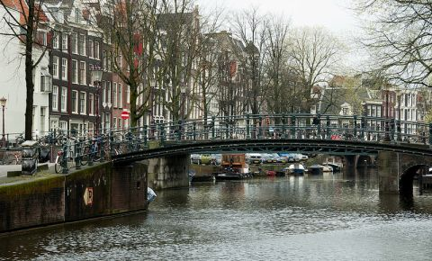 Canalul Brouwersgracht din Amsterdam