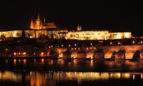Castelul din Praga (noaptea)