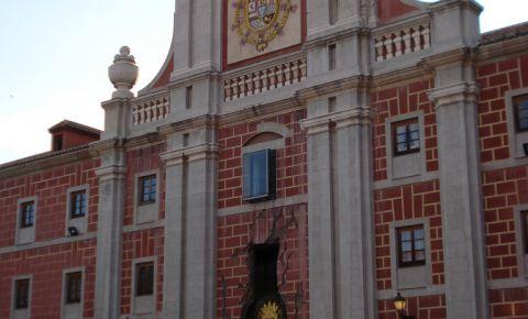 Centrul Cultural Conde Duque din Madrid