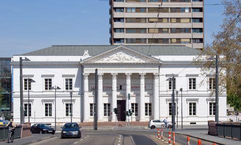 Cladirea Alte Stadtbibliothek din Frankfurt