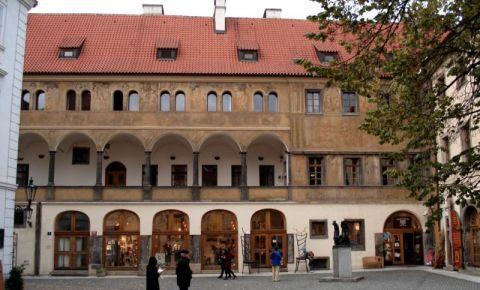 Curtea Tyn din Praga