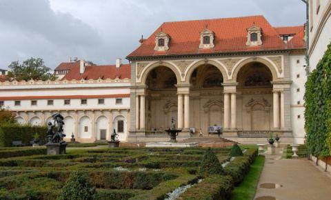 Palatul Wallenstein din Praga