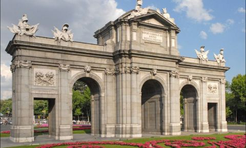 Poarta Alcala din Madrid