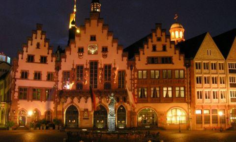 Primaria din Frankfurt (noaptea)