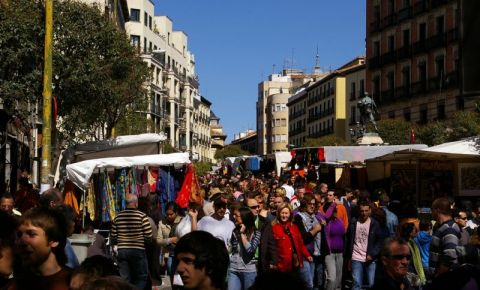 Strada Ribera De Curtidores din Madrid