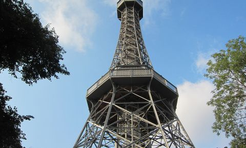 Turnul Petrin din Praga