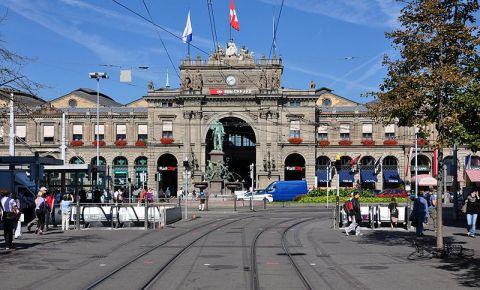 Bulevardul Bahnhofstrasse din Zurich